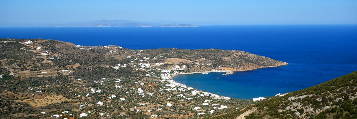 The gulf of Platis Gialos at Sifnos
