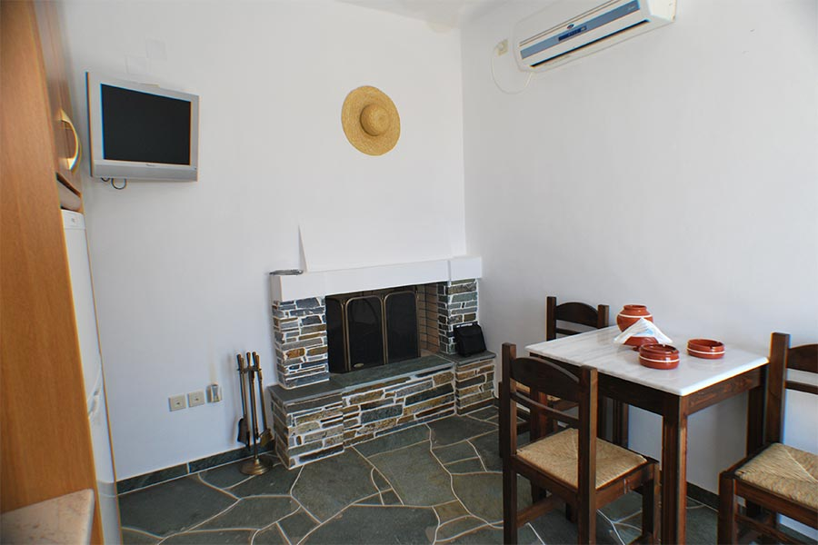 Le salon de l'appartement Gardénia à Sifnos