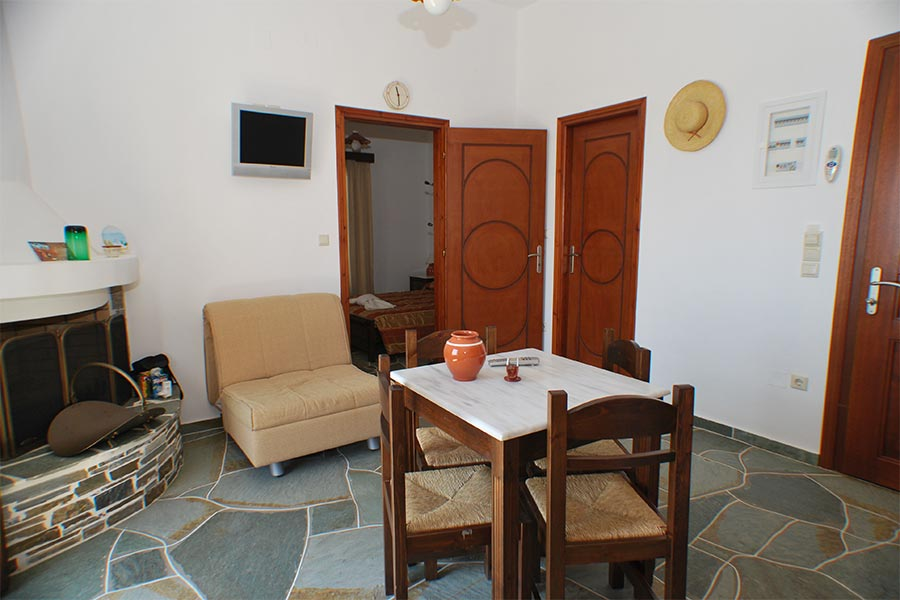 The sitting room at Jasmine apartment at Sifnos